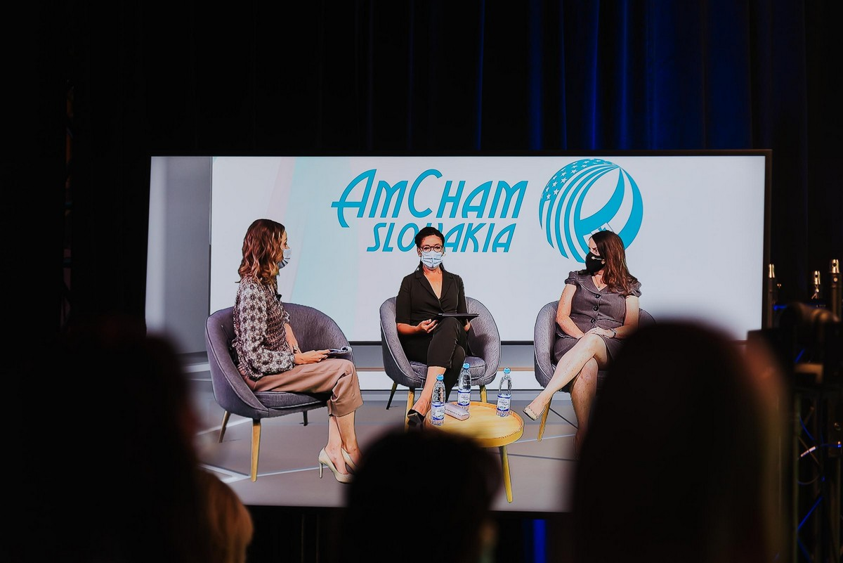 AmCham_Women_in_business__096.jpg